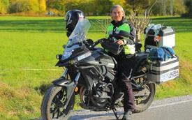 """Đầu xuân, gặp cụ ông 66 tuổi đi xe máy qua 39 quốc gia, 40 vùng lãnh thổ: """"Vì tôi mơ mộng về cái thời trai trẻ mà tất cả chúng ta ai cũng từng có"""""""