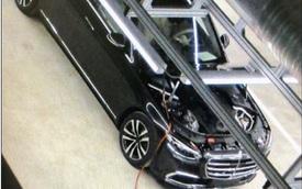 Mercedes-Benz S-Class mới lần đầu lộ diện trong nhà máy nhưng trang bị bên trong mới đáng chú ý