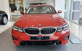 BMW hạ giá sốc cuối năm: Sau giảm giá là tặng trước bạ gần 400 triệu đồng, đáp trả Mercedes-Benz