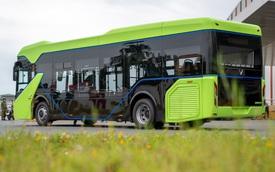 Xe buýt VinFast sắp chạy đầy đường: Có wifi, cảnh báo lái xe mất trung, theo dõi thái độ phục vụ của nhân viên