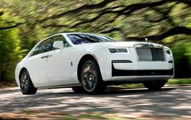 Chuyện ngược đời: Rolls-Royce phải tạo thêm tiếng ồn vì nội thất quá yên tĩnh