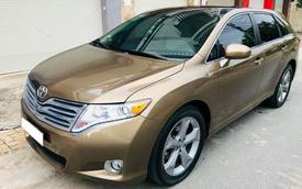 Qua thời đỉnh cao, Toyota Venza hạ giá rẻ ngang Kia Seltos thế hệ mới