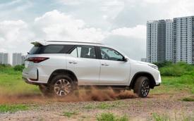 SUV 7 chỗ bán chạy nhất tháng 1/2021: Ford Everest suýt vượt Toyota Fortuner