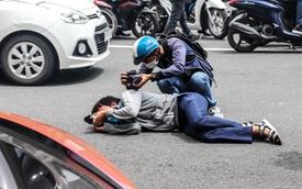 Người dân Sài Gòn 'tròn mắt' khi thấy McLaren Senna và dàn xe khủng của Hoàng Kim Khánh: Có người nằm bò ra đường ghi lại khoảnh khắc