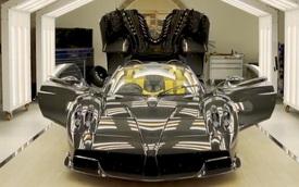'Thần gió' Pagani Huayra Roadster cuối cùng thuộc về fan cuồng siêu xe này