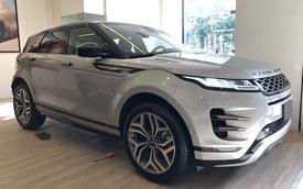 Range Rover chính hãng giảm giá sốc, 'vợt' khách nhà giàu cuối năm