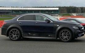 Nhìn rất Mercedes-AMG E63 nhưng lại là Aston Martin DBX mới
