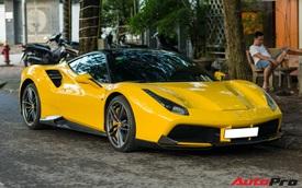 Đại gia Việt sở hữu dàn xe trăm tỷ cho Ferrari 488 GTB độ 'độc' dạo phố gây chú ý