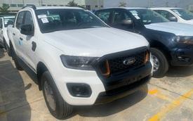 Ford Ranger và Everest 2021 cập cảng Việt Nam: 'Vua' doanh số nâng cấp chạy nước rút cuối năm, giá vẫn giảm hàng chục triệu đồng