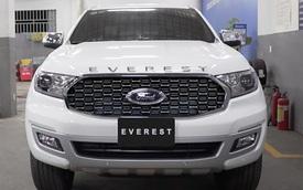 Ford Everest 2021 về đại lý: 3 phiên bản, cạnh tranh Toyota Fortuner