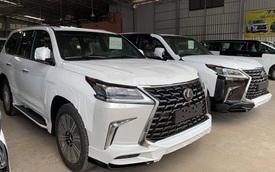 Lexus LX 570 Super Sport 2021 đầu tiên về Việt Nam: Giá hơn 9 tỷ, nâng cấp 'ăn chắc mặc bền' nhưng vẫn là hàng 'hot' cho đại gia Việt
