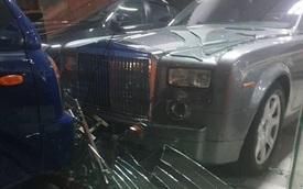 Hà Nội: Tài xế xe tải suýt đâm nát Rolls-Royce Phantom vì nhầm chân ga