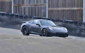 Porsche 911 gầm cao tiếp tục lộ diện - canh bạc rủi ro của 'ngựa Đức'