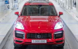 Porsche Cayenne chạm ngưỡng doanh 1 triệu xe: Từ 'ẩn họa' đến 'phao cứu sinh'