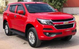 Đại lý ồ ạt xả Chevrolet Trailblazer tồn kho: Giảm 'sập sàn' gần 300 triệu đồng, giá bản 'full' ngang với xe hạng C