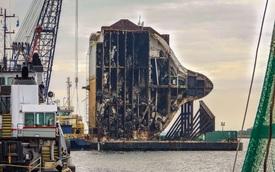 Choáng ngợp với quá trình cắt và tháo dỡ tàu biển chở hàng ngàn chiếc ô tô bị lật