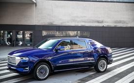 Siêu limousine Aznom Palladium trình làng: Đầu sang chảnh như Rolls-Royce Cullinan, đuôi kỳ dị chẳng giống ai