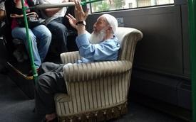 Không nhịn nổi cười khi bắt gặp khoảnh khắc khó đỡ trên xe buýt