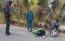 """Thanh niên đạp liên tục vào xe máy gây tai nạn, thách thức CSGT: """"Của ai mà không được đập?"""""""