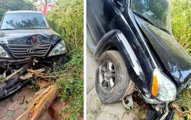 """Xe Lexus húc đổ cây, suýt lao vào nhà dân, tài xế lơ mơ bước ra hỏi: """"Có bị sao không?"""""""