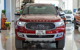 Chi tiết Ford Everest 2021 giá từ 999 triệu đồng tại đại lý: Đã 'fix' lỗi chảy dầu, bám đuổi Toyota Fortuner và Hyundai Santa Fe
