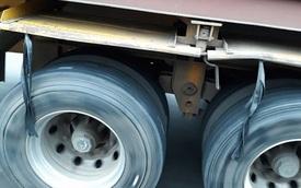 Lý do bó chun được treo ở gần lốp xe tải là gì, câu trả lời ít ai ngờ đến!