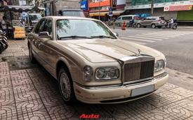 Rolls-Royce Silver Seraph từng của đại gia Hải Phòng xuất hiện tại showroom xe cũ Sài Gòn, nội thất là điểm gây chú ý