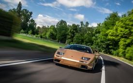 Huyền thoại Lamborghini Diablo kỷ niệm sinh nhật: 30 tuổi vẫn là tượng đài được nhiều tay chơi săn đón