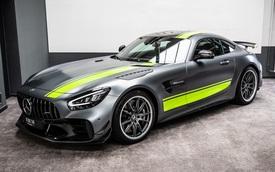 Khui công Mercedes-AMG GT R Pro đầu tiên Việt Nam: Siêu phẩm với nhiều trang bị 'chiến' hơn GT R của Nguyễn Quốc Cường