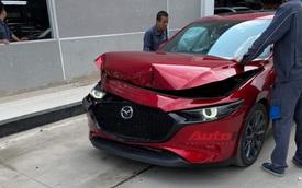 Khách hàng tố phanh tự động của Mazda3 gặp lỗi, người của Mazda Việt Nam test thử và cái kết 'toác' đầu