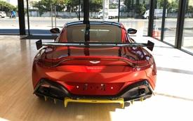Aston Martin V8 Vantage chính hãng nâng cấp gói độ cực độc