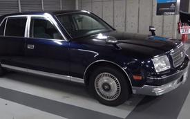 Ống xả gấp 3 lần tiền xe: Toyota Century đời cũ độ pô siêu xịn và cái kết viên mãn
