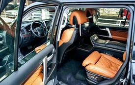 Rộ thú chơi độ nội thất tiền tỷ cho Lexus LX 570 và Toyota Land Cruiser của đại gia Việt