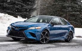 Toyota chính thức chốt giá Camry AWD