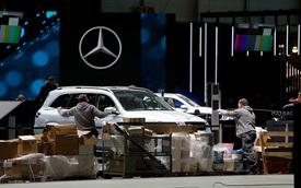 """Geneva Motor Show """"vỡ trận"""", các thương hiệu nháo nhào tìm cách khác ra mắt xe mới"""