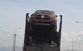 HOT: Suzuki XL7 đầu tiên về Việt Nam với giá dự kiến giữa Ertiga và Xpander, đại lý rục rịch nhận đặt cọc