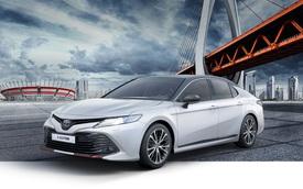 Ra mắt Toyota Camry S-Edition 2020 'liều lĩnh nhất lịch sử'