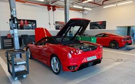 Cặp đôi Ferrari F430 trong lô xe của trùm Dũng 'mặt sắt' bất ngờ trở lại với diện mạo bóng bẩy