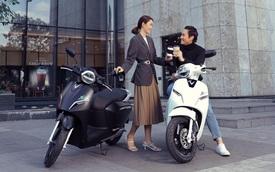 VinFast bổ sung sạc pin cho xe máy điện, người dùng có thể tự sạc hoặc đổi pin