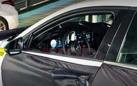 Hyundai Elantra thế hệ mới bất ngờ lộ ảnh nội thất: Nhiều điểm xịn như xe sang