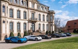 Choáng ngợp trước dàn Bugatti với toàn siêu phẩm quý hiếm trị giá hàng trăm triệu USD tụ họp