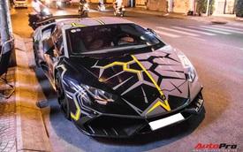 Cận cảnh Lamborghini Huracan độ Mansory lột xác với phong cách 'rạn nứt' tại Sài Gòn