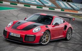 """Cùng nhà nhưng Porsche cam kết không học """"thói xấu"""" của Bugatti, Lamborghini, Bentley"""