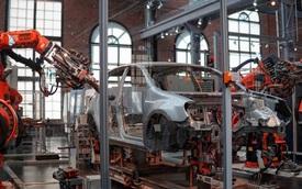 """Sản xuất xe tại Bắc Mỹ, Châu Âu, châu Á gần như """"đóng băng"""" vì COVID-19, Trung Quốc """"hồi sinh"""""""