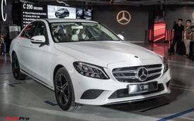 Ra mắt Mercedes-Benz C 180 giá gần 1,4 tỷ đồng - Xe sang Đức 'vợt' khách của Toyota Camry và Honda Accord