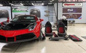 Độ body kit đã là chuyện xưa, giờ đây chủ nhân Ferrari 488 SVR độc nhất Việt Nam còn chơi lớn khi độ lại nội thất hàng hiệu