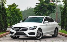 Deal 'ngon' mùa dịch: Mercedes-Benz C 300 AMG form cũ chỉ đắt hơn 100 triệu đồng so với C 180