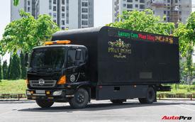 Bên trong xe vận chuyển xế khủng cho giới đại gia Hà Nội: Như container hạng sang, độ hết 3 tỷ đồng, có bầu trời sao kiểu Rolls-Royce