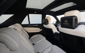 Chủ xe tức tối kiện Mercedes-Benz vì cửa sổ trời phát nổ