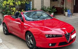 Xe chơi mui trần Alfa Romeo Spider độc nhất Việt Nam chào giá hơn 900 triệu đồng ngang ngửa Mazda6 2020